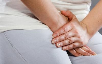Трещины на коже: пальцев рук, в интимных местах, между ягодицами, на пятках