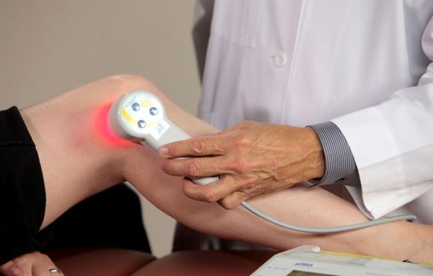 Физиотерапия при артрозе коленного артроза: показания и противопоказиня к применению грязелечения, магнитотерапии, лазерной терапии, ультразвука, криотерапии