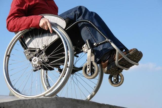 Что делать при сколиозе 4 степени: лечение, операция, фото до и после, группа инвалидности