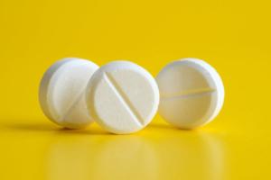 Химический пилинг: показания и противопоказания, уход после проведения, цена, отзывы