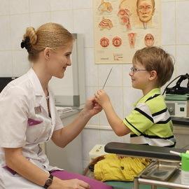 Хронический и острый тонзиллит: лечение, фото, симптомы у взрослых и детей