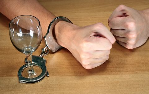 Фенотропил и алкоголь: совместимость, последствия, можно ли употреблять одновременно
