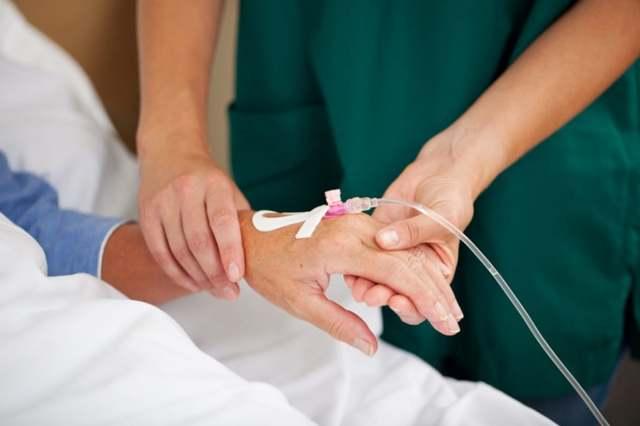 Что такое химиотерапия при онкологии и как она проходит: виды, подготовка, осложнения, сколько стоит