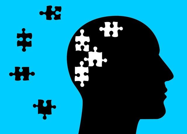 Характерные первые симптомы, признаки и стадии болезни Альцгеймера