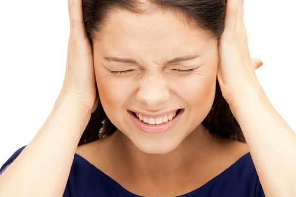 Шум в ушах и голове: причины и лечение, как избавиться от симптома в домашних условиях
