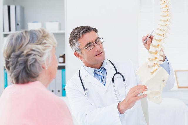 Что такое протрузия дисков позвоночника: фото, формирование межпозвонковых грыж, причины, диагностика, симптомы и боли