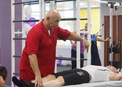 Физические упражнения для тазобедренного сустава при коксартрозе: Бубновского, Евдокименко, Попова, видео лечебной гимнастики