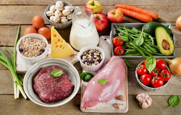 Стол диеты №6 по Певзнеру при подагре: таблица продуктов и семидневное меню на каждый день