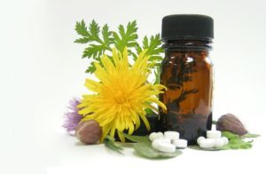 Тиннитус: лечение народными средствами и современными препаратами