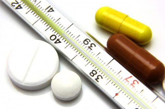 Эффективные жаропонижающие средства при высокой температуре у взрослых