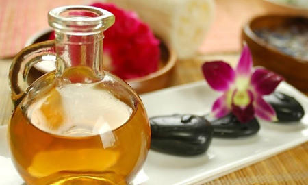 Эфирные масла для жирной кожи лица: рецепты, виды, отзывы, цены