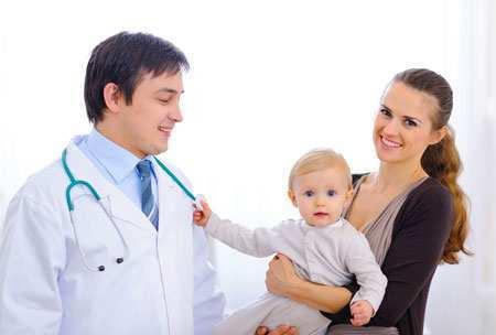 Тремор конечностей у новорожденных и при гиперпродукции: причины и лечение