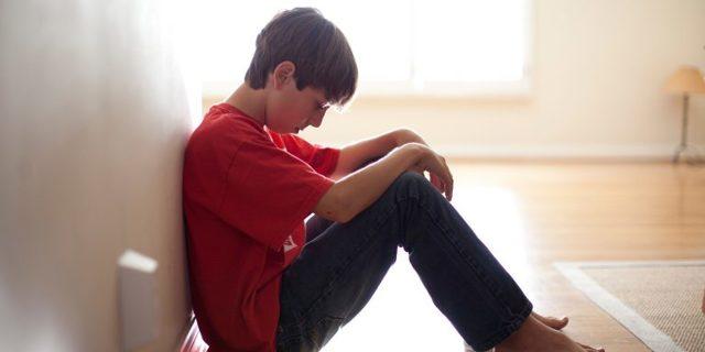 Тянущие, острые, тупые, ноющие боли в мошонке у мальчиков, подростков, мужчин: причины, обследование, лечение