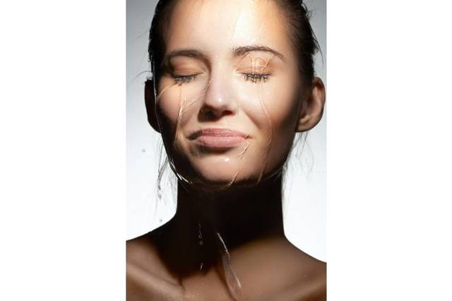 Чувствительная кожа: уход, питательный крем, увлажнение, физиопроцедуры