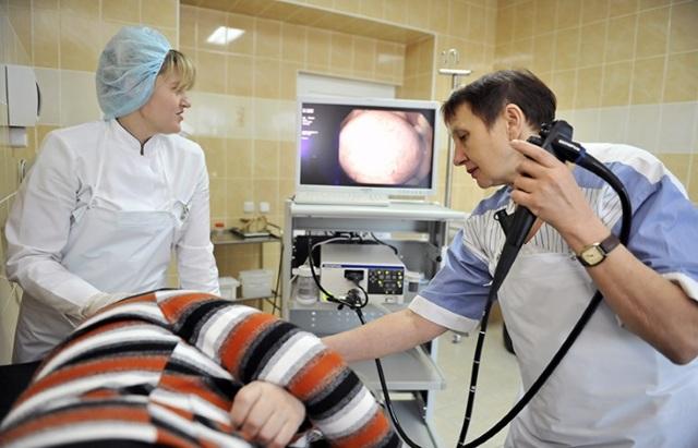 Эзофагоскопия пищевода: показания, подготовка, проведение, расшифровка, осложнения