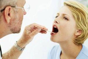 Хронический задний ринит у взрослых и детей: симптомы, лечение