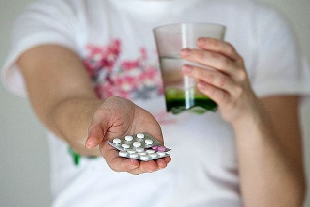 Совместимость препарата Глюкофаж Лонг 1000 и 500 с алкоголем: взаимодействие, последствия, отзывы