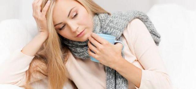 Чем полоскать горло при ангине: гнойной (фолликулярной), лакунарной, герпесной