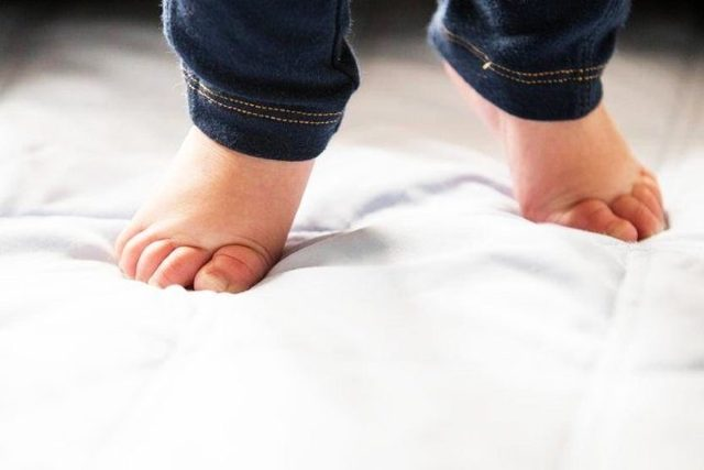 Эквино плоско-вальгусная деформация стоп у детей и взрослых: МКБ-10, фото, клинические рекомендации