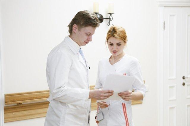 Тендинит локтевого сустава: МКБ-10, симптомы, лечение мазями, фото