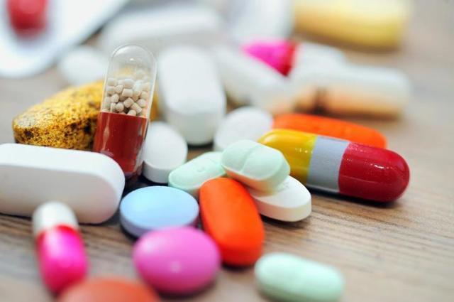 Уратные камни в почках: описание, симптомы, диагностика, растворение и выведение лекарствами и народными методами