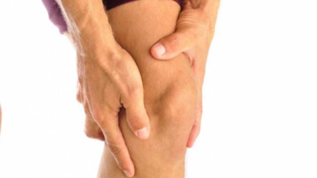 Тендиноз сухожилия тазобедренного и коленного сустава, надколенника, надостной мышцы плеча или пяточной кости: признаки, как лечить