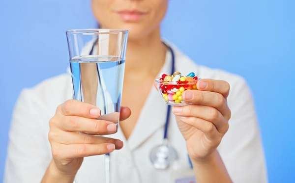 Хронический дистальный эрозивный рефлюкс эзофагит-что это такое: симптомы, степени, лечение