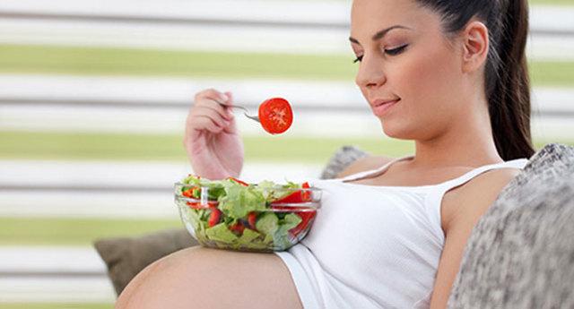 Чем опасна ангина для детей, взрослых, беременных женщин: гнойная, герпесная