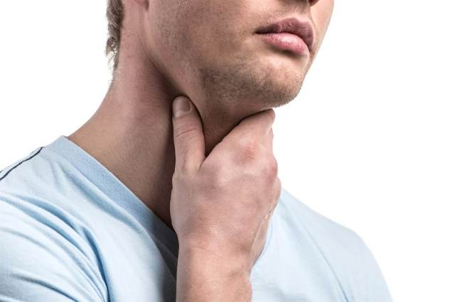 Хронический субатрофический фарингит: симптомы у взрослых и детей, лечение