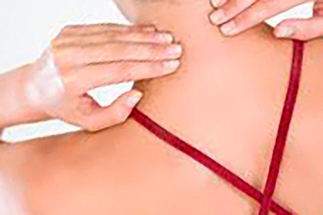 Упражнения при шейном остеохондрозе позвоночника в домашних условиях