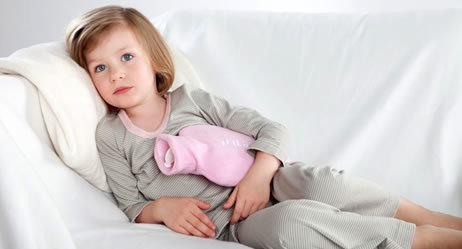 Что делать если сильно болит живот и понос: лечение у взрослого и ребенка
