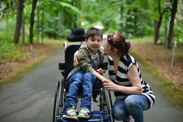 Спинальная мышечная атрофия 1 и 2 типа у детей и взрослых: симптомы болезни Вернига-Гоффмана, лечение, продолжительность жизни, прогноз