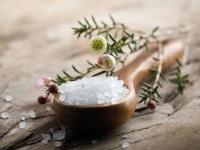 Солевые ванны: показания и противопоказания, уход после проведения, цена, отзывы