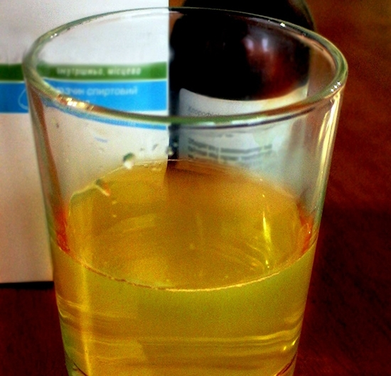 Фурацилин для полоскания горла: инструкция по применению, как разводить раствор