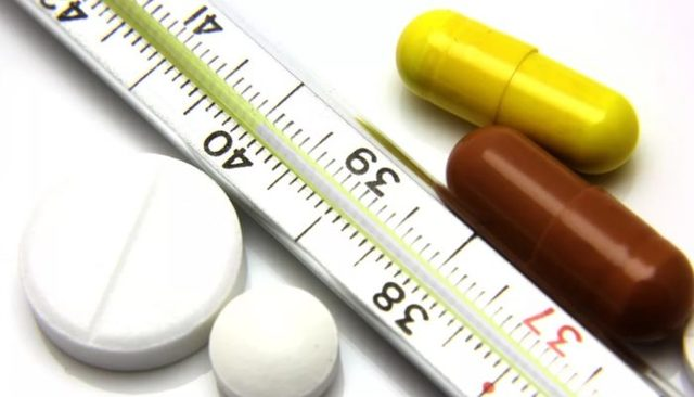 Температура при язве желудка и двенадцатиперстной кишки: как снизить