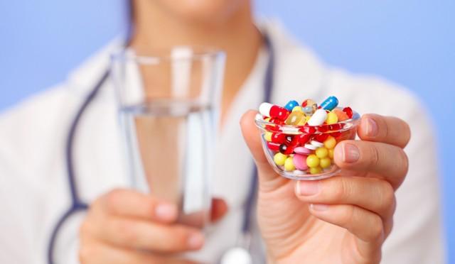 Увулит: симптомы и лечение в домашних условиях, фото язычка, код по МКБ-10