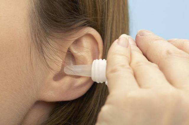 У ребенка покраснело ухо: что делать, если опухла мочка, снаружи или внутри раковины